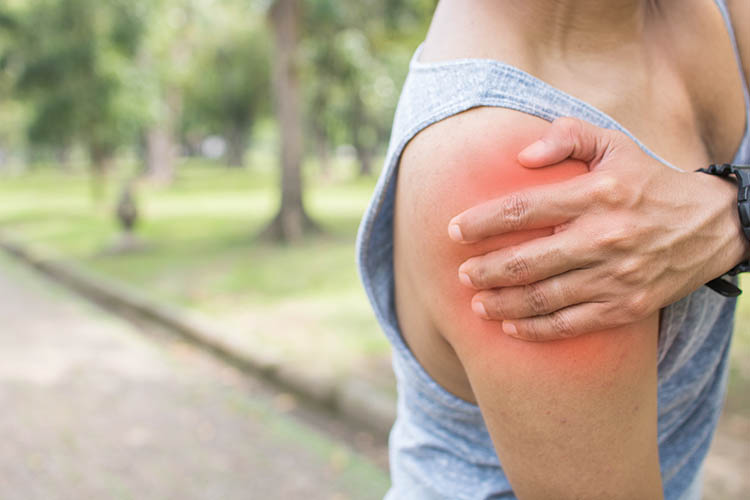 Rotator Cuff Injury Recovery: Strength Training for Pain Relief